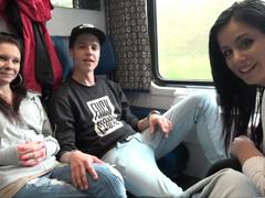 Šukání českých amatérů ve vlaku